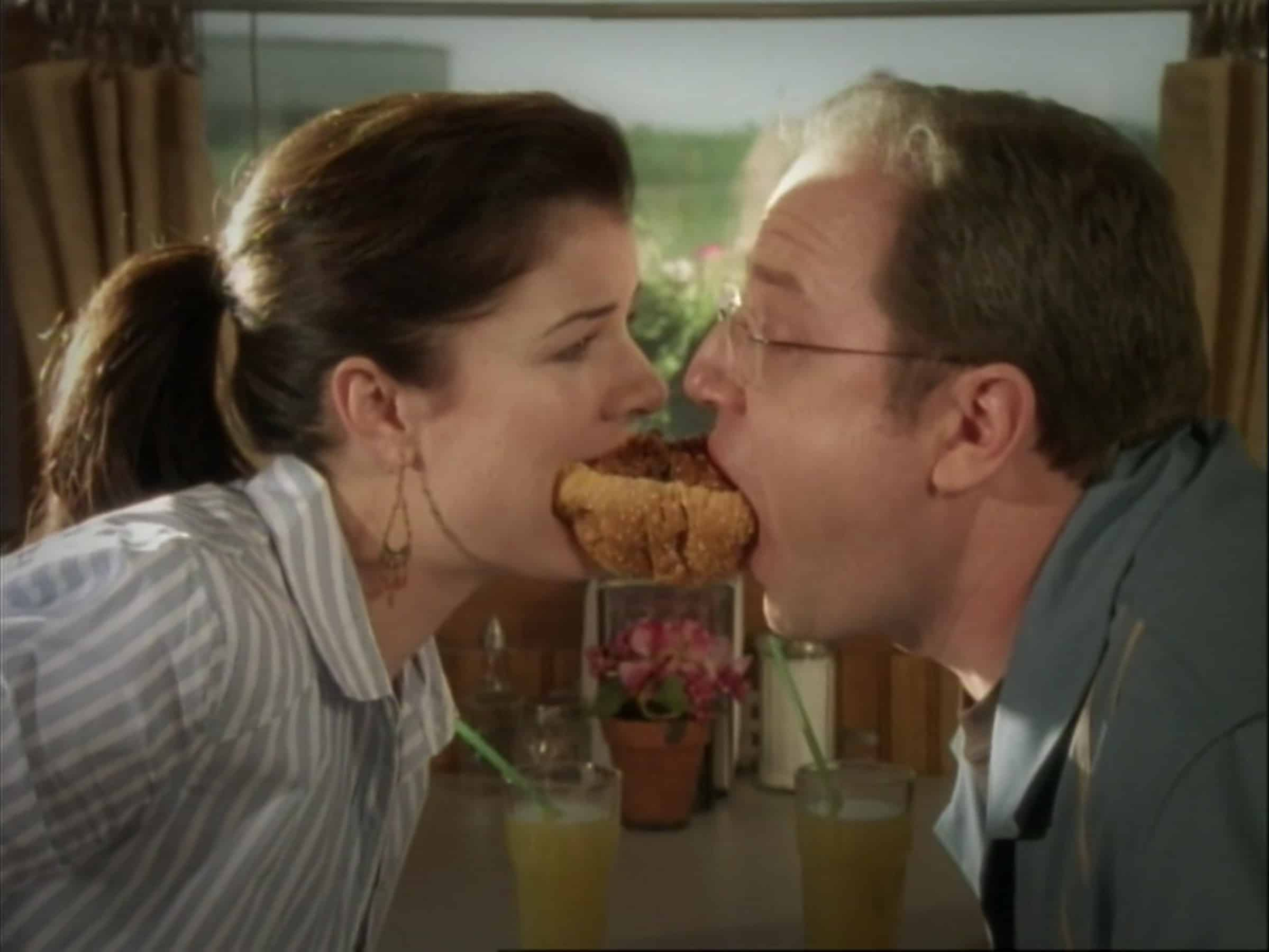 The closest Lacey & Brent come to kissing in an episode, is Brent daydreaming about this chili dog.